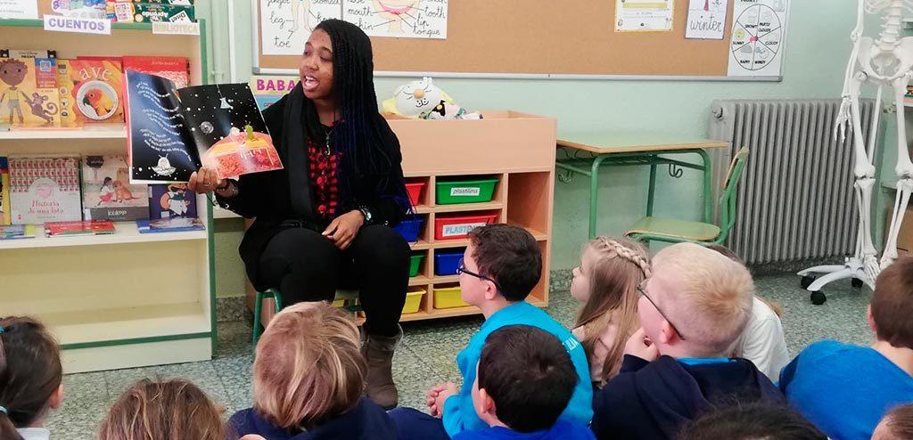 teaching English to Spanish students