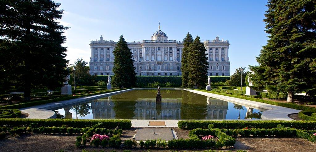 Jardines de Sabatini one of my favorite views in Madrid